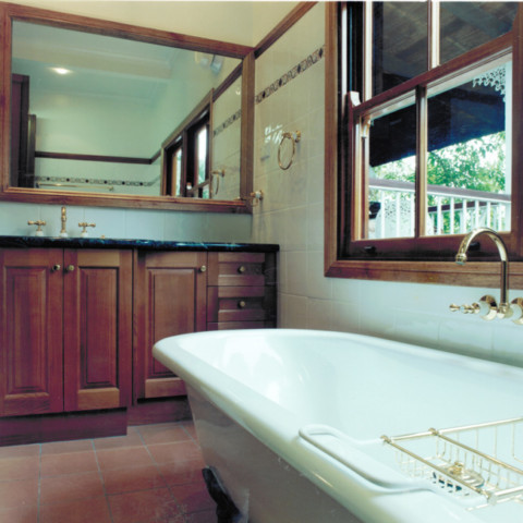 Vanity bath and window